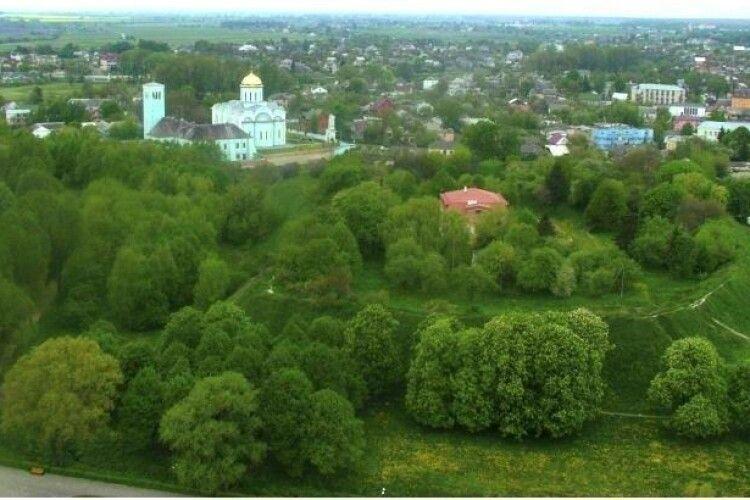 Вали городища у Володимирі готують до серйозної реконструкції