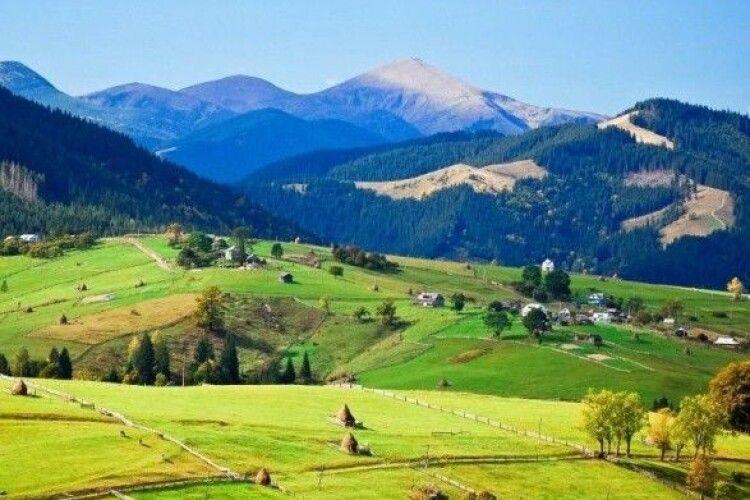 У Google назвали найпопулярніші туристичні об'єкти України