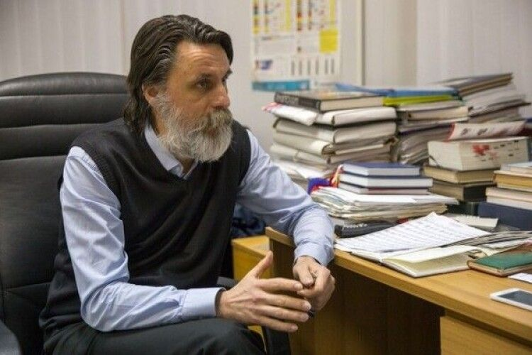 Патофізіолог Віктор Досенко: «Для захисту від ковіду антитіла не мають значення»