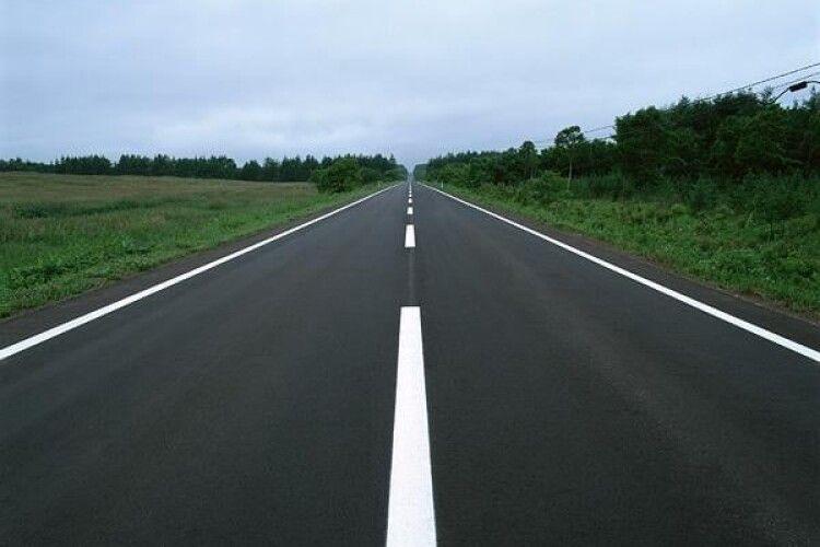 Понад 1 мільярд гривень виділяє на ремонт волинських доріг Уряд