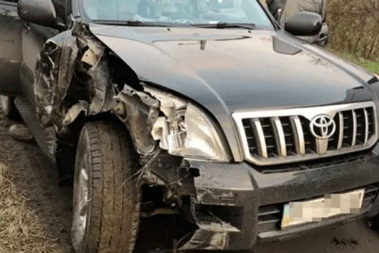 17-річний водій напився і скоїв відразу декілька ДТП