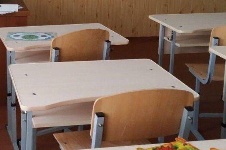 Скільки шкіл у Луцьку і на Волині перейшли на дистанційне навчання через негоду