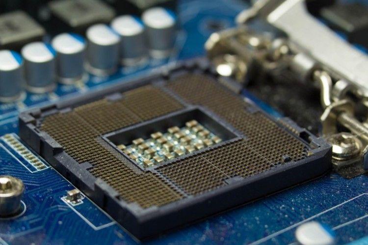 У процесорах Intel виявили критичні прогалини безпеки