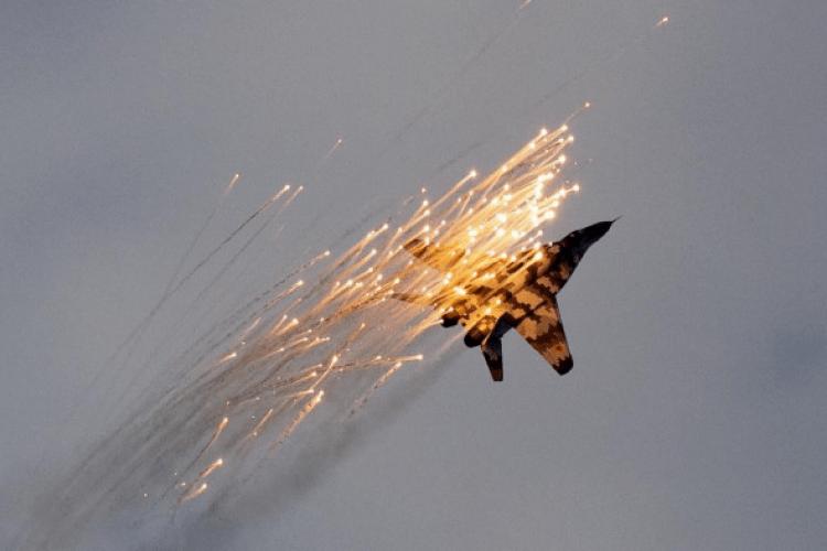 Луцькі літаки пролетіли над Києвом під час військового параду (Фото)