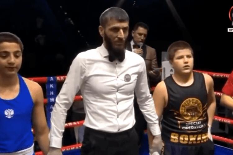 13-річнийсинпрезидента Чечні Кадирова «здобув» чергову ганебну «перемогу» на боксерському рингу (Відео)