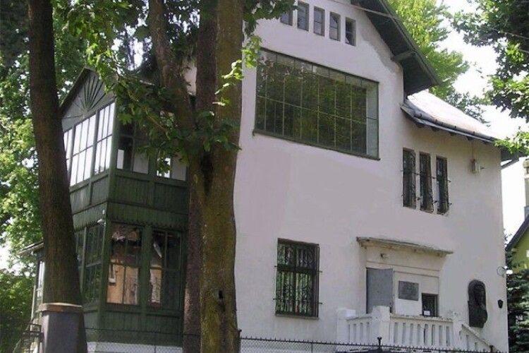 У Львові відкрили дім-музей художника Івана Труша з портретом, через який посварилися з Лесею Українкою