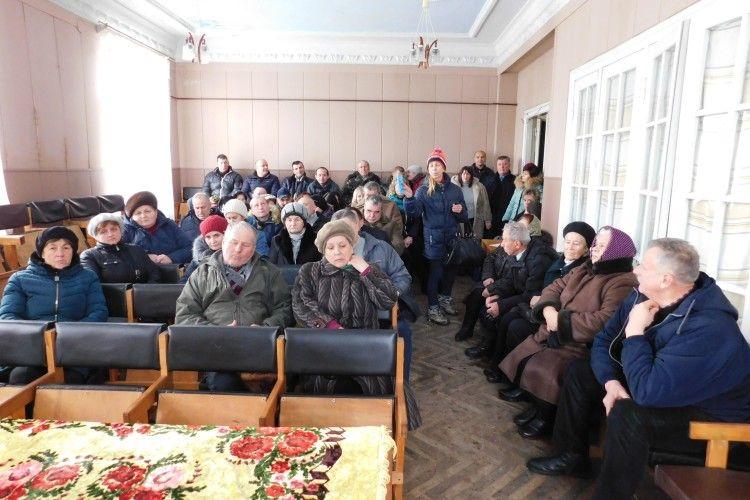 На Волині жителі селища Мар'янівка виступили проти полігону для побутових відходів
