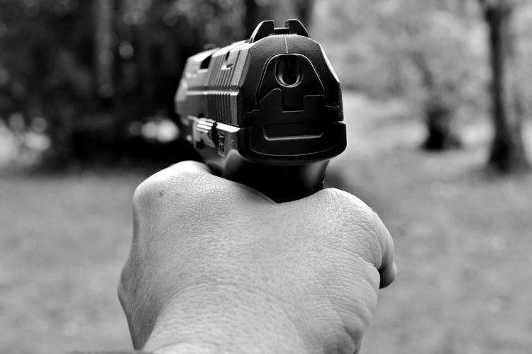 В Україні знову – стрілянина, цього разу в Одесі. Поранено двох людей (Відео)