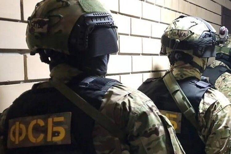 В Росії співробітники ФСБ затримали українського консула