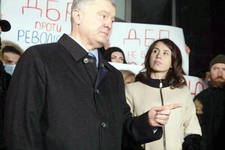 «Зеленський повернув увладу поплічників Януковича»