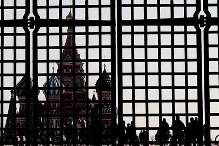 Спецслужби РФ ведуть психологічну війну з керівництвом країн та населенням