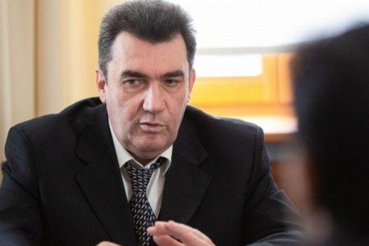 Секретар РНБО звинуватив відомого лікаря з Волині у роботі на «русскій мір»