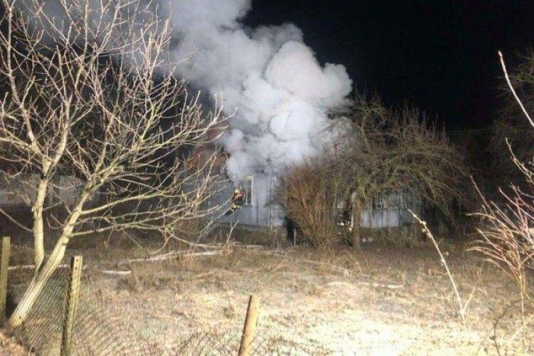 На Волині вночі горіла хата (Фото)