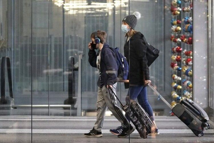 Для подорожей можуть знадобитися «COVID-паспорти» про вакцинацію