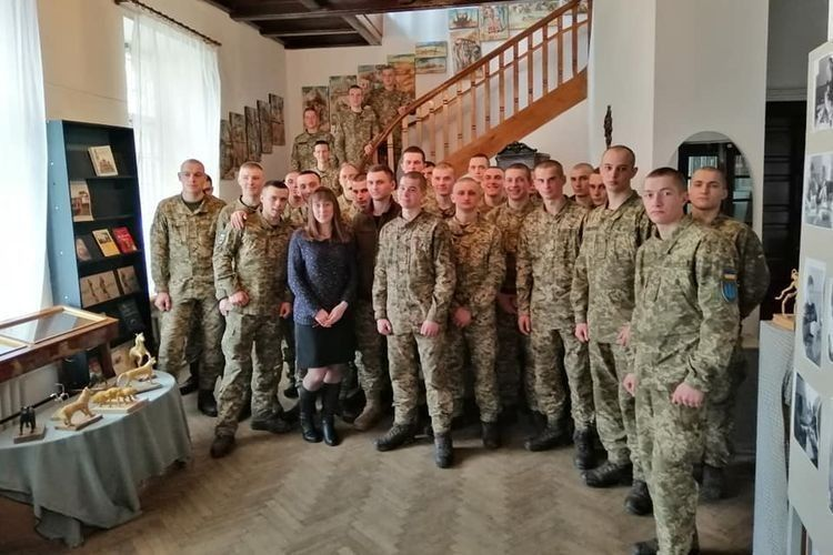 У Володимир-Волинський історичний музей імені О.Дверницького завітали солдати