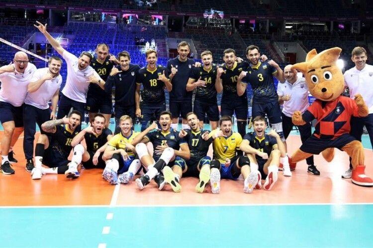 Волейбольна збірна України «взула» бельгійців і достроково оформила вихід в 1/8 фіналу ЧЄ