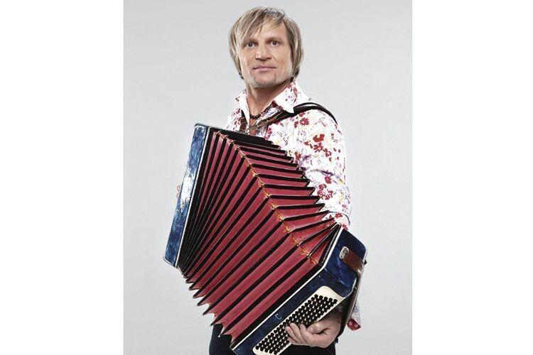 Олег Скрипка: перша жінка— таємниця, друга— чарівниця