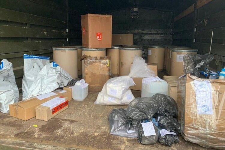 Еквадорський та чилійський кокаїн, тонни прекурсорів: наркотики, що не в'їхали в Україну (Фото)