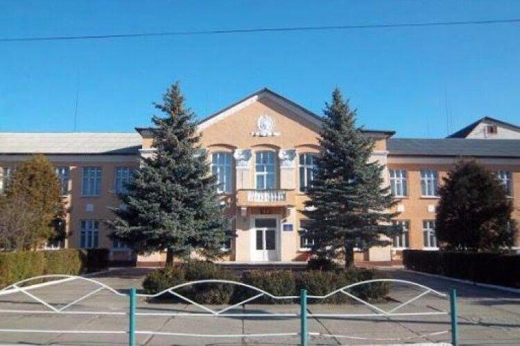 У маневицькій школі імені Героя України Андрія Снітка не проводитимуть навчання