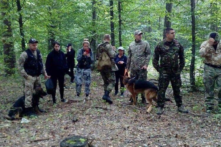 Шукають кілька днів: на Рівненщині у лісі зник дідусь