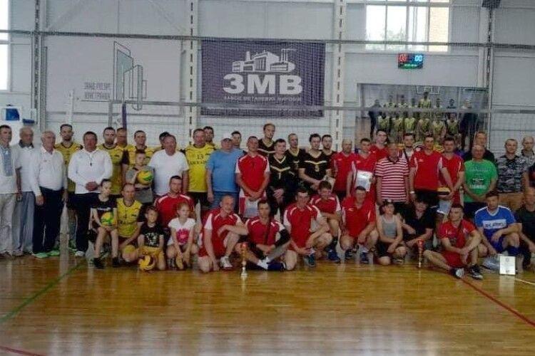 День міста Сарни святкували волейболом