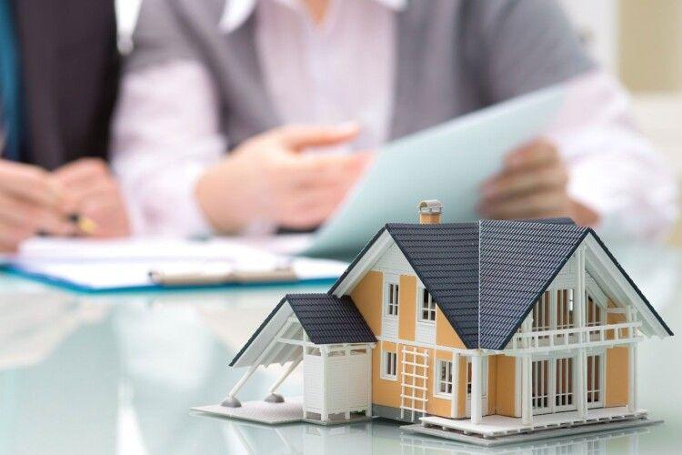 Власники вартісної нерухомості поповнили бюджети громад Волині на понад 30 мільйонів гривень