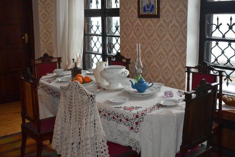 Як жила і яким бачила Луцьк: у музеї оновили «Лесину вітальню» (Фото)