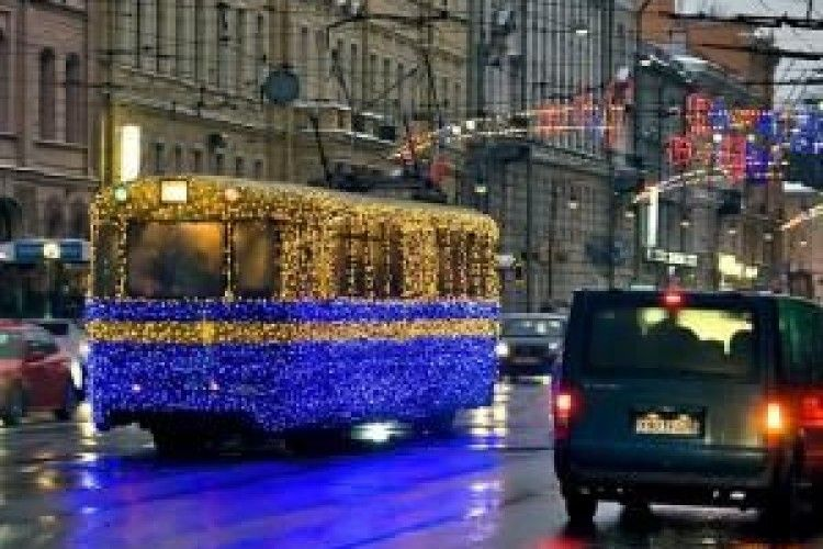 У новорічну ніч курсуватиме громадський транспорт