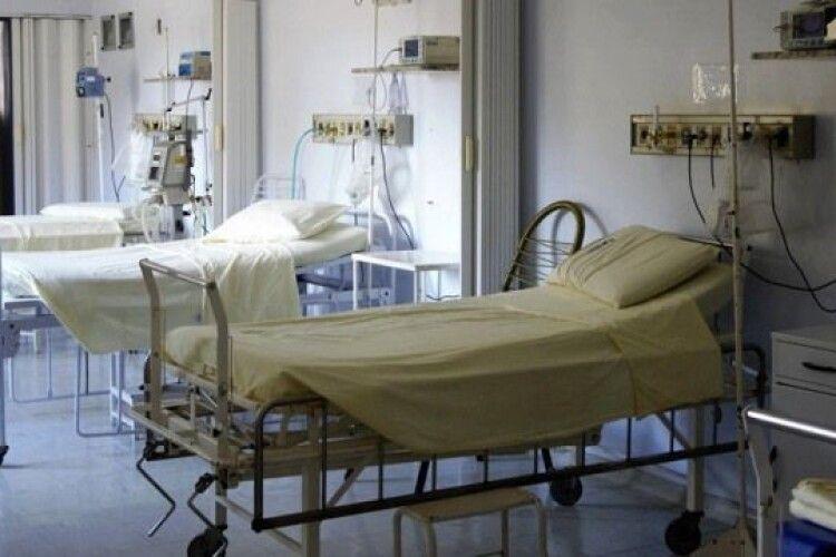 Чи вистачає на Волині ліжок для хворих на коронавірус
