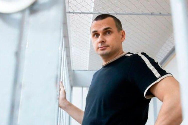 Український політв'язень витрачає увесь час на роботу над сценаріями та книгами