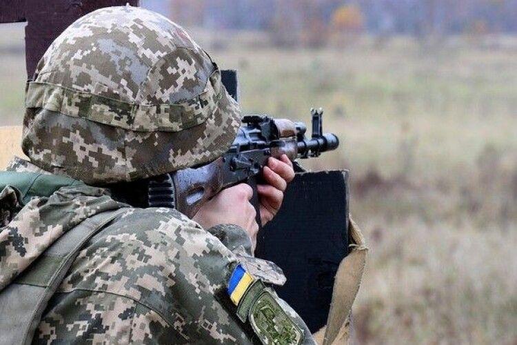 Стан пораненого учора в зоні ООС українського воїна задовільний