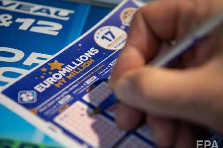 Житель Франції виграв у лотерею 200 млн євро: це рекордний джекпот