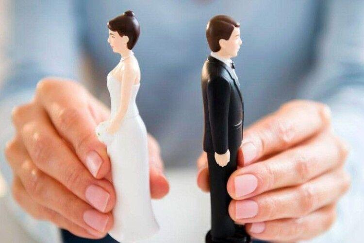Багато розлучень: луцький депутат-пастор стурбований, що інститут сім'ї під загрозою