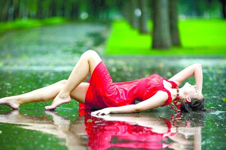 Пам'ятаєш, якявикликала дощ івін ледве незмив цемісто?