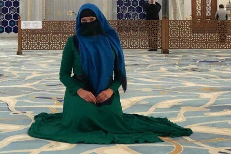 Надія Савченко одягнула паранджу і заявила: «Іслам – це свобода» (Фото)
