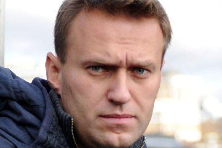 Навального після невдалого отруєння намагалися добити другою порцією отрути