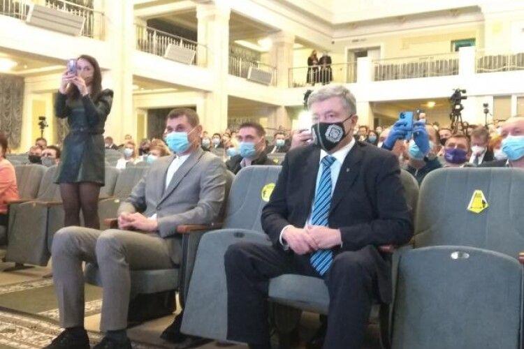 Петро Порошенко приїхав у Рівне привітати новообраного міського голову