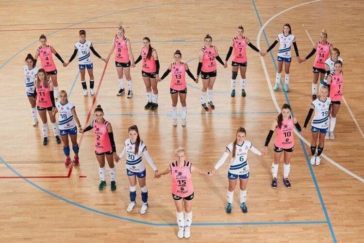 Волейбол: дніпровський клуб виступатиме в двох найсильніших лігах