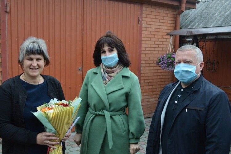 Ковельська влада привітала дружин загиблих героїв АТО з Днем матері