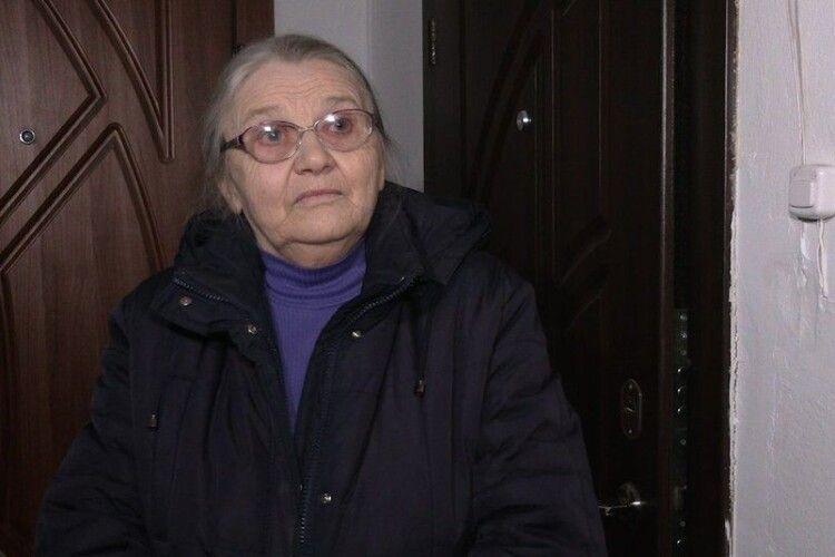Під двері квартири матері антикорупціонера Шабуніна у Рівному підклали гранати «Ф1»