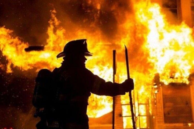 16-річна дівчина під час пожежі врятувала шістьох маленьких братиків та сестричок