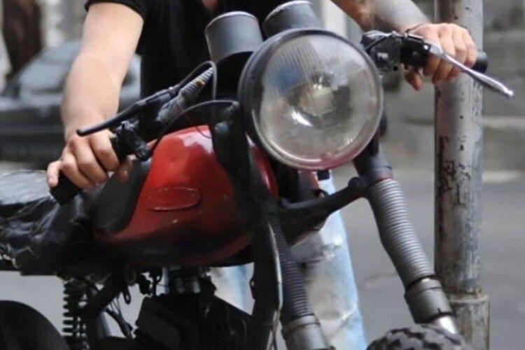 Жительку Горохівщини покарали за вигадане повідомлення про крадіжку мотоцикла