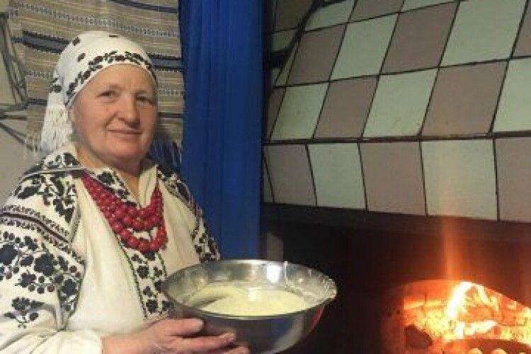 Млинці з печі: на Камінь-Каширщині бережуть старовинну традицію