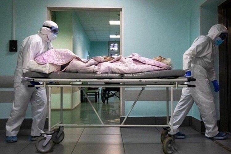 За добу в Україні від COVID-19 померло ще 143 українці, на Волині – 6