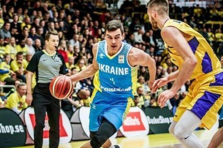 Набридло бути Пустозвоновим: баскетболіст збірної України змінив прізвище