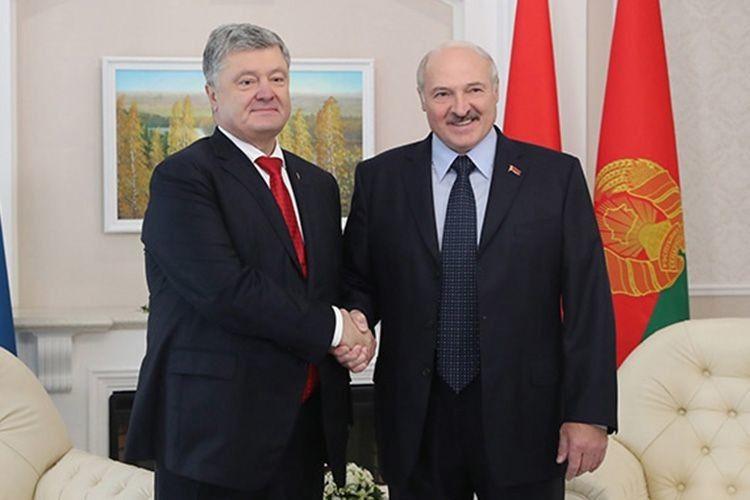 Лукашенко впевнений  у перемозі Порошенка*