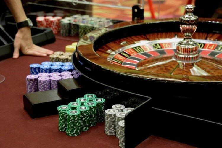 У Володимирі-Волинському 36-річна пані відкрила підпільне казино