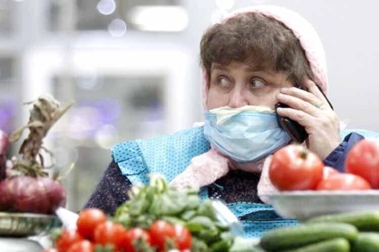 «Два тижні сидимо вдома й гадаємо: коронавірусчи застуда?»