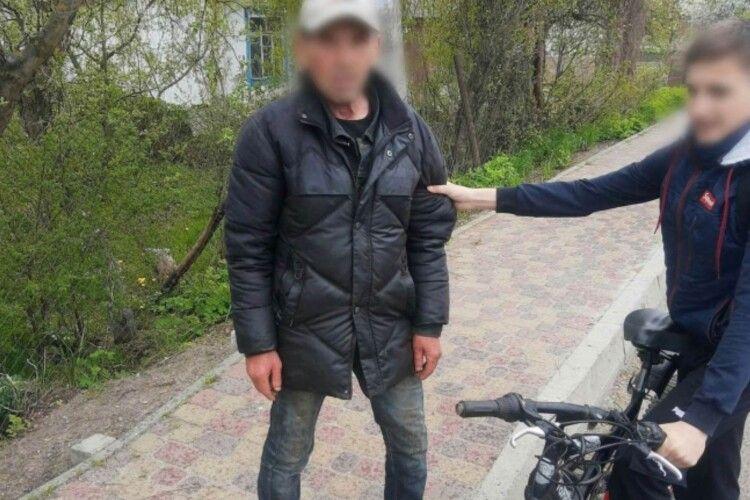 Школяр зловив крадія свого велосипеда на Рівненщині