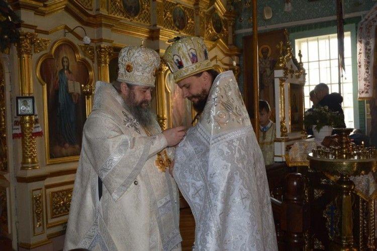Благочинний з Кримного отримав високу церковну нагороду